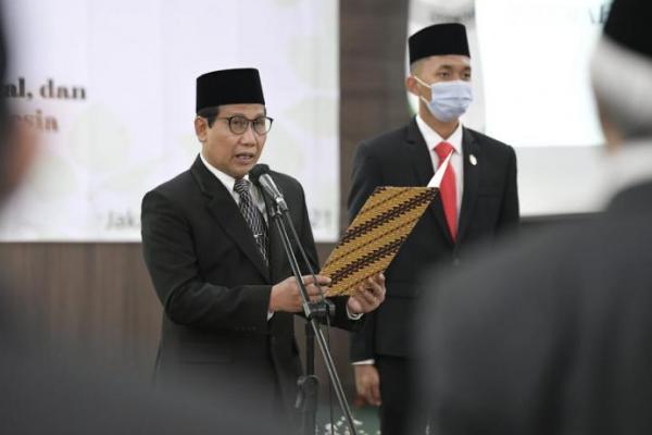 Gus Menteri Lantik Pejabat Kemendes PDTT Eselon I dan II
