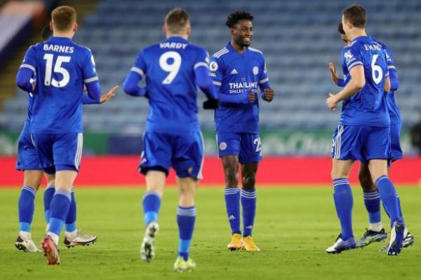 Lumat Chelsea, Leicester City Kudeta Puncak Klasemen Premier League