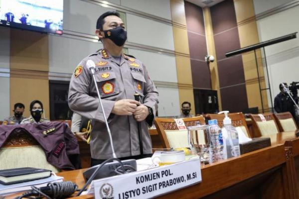 DPR Tetapkan Listyo Sigit Prabowo Jadi Kapolri Lewat Sidang Paripurna