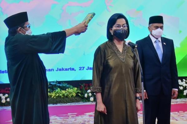 Presiden Jokowi Lantik Sri Mulyani Indrawati Jadi Ketua Dewas LPI