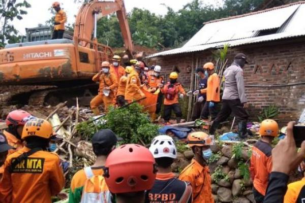 Komisi VIII DPR Apresiasi BNPB Tangani Bencana di Tanah Air