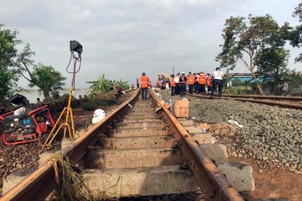KAI Batalkan 42 Perjalanan Kereta Akibat Banjir