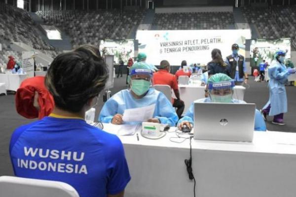 820 Atlet Wilyah Jakarta Ikuti Vaksinasi Covid-19 di Istora Senayan