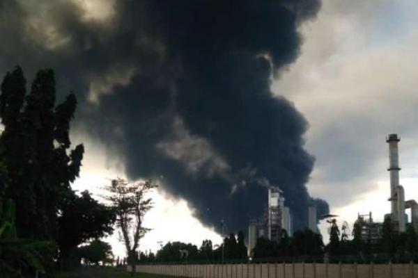 Update: 932 Warga Diungsikan Akibat Kebakaran Kilang Minyak Pertamina