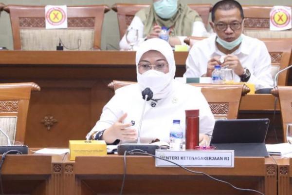 Raker Bareng Komisi IX DPR, Menteri Ida Paparkan Program JKP bagi Buruh