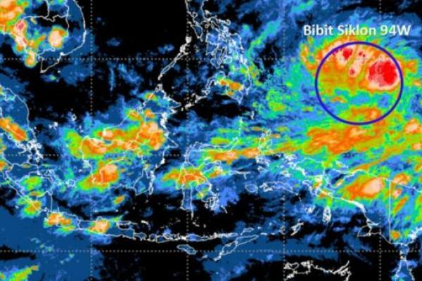 BNPB Minta Pemda Waspadai Potensi Bibit Siklon Tropis 94W