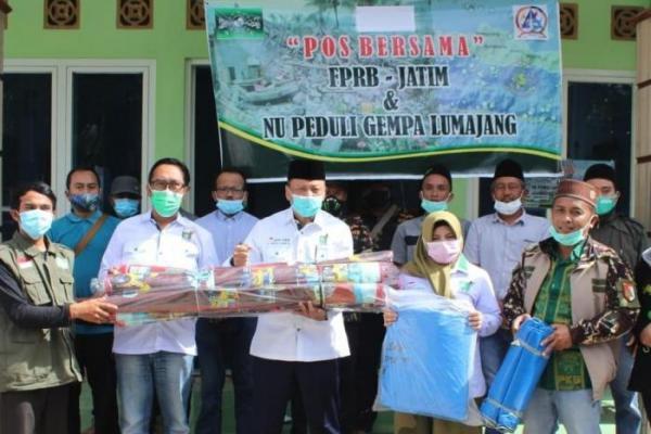 Syaiful Bahri Anshori Salurkan Bantuan untuk Korban Gempa Lumajang