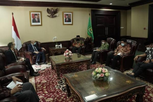 Bahas Harmonisasi Beragama, Menag Terima Kunjungan Dubes Mesir untuk Indonesia