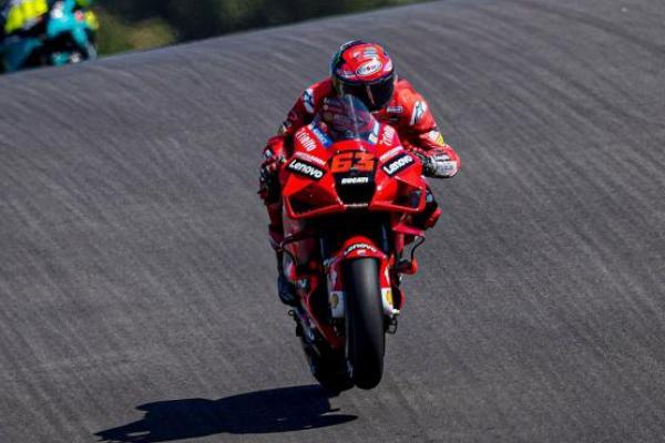 MotoGP San Marino 2021: Bagnaia Kuasai Balapan, Quartararo Jaga Peluang Juara