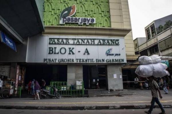 Perpanjangan PPKM, Pasar Tanah Abang Dibuka Hingga Pukul 3 Sore