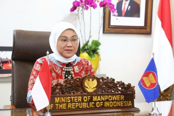 Perkuat Program Desmigratif, Menteri Ida Siapkan Modul Comunity Parenting