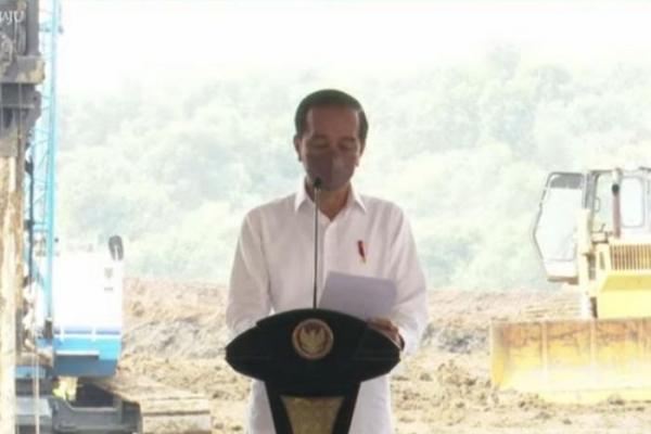Pertama di Asia Tenggara, Jokowi Resmikan Pembangunan Pabrik Baterai di Karawang